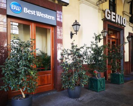 Hotel Genio Turin - entrance under the arcades of corso Vittorio Emanuele