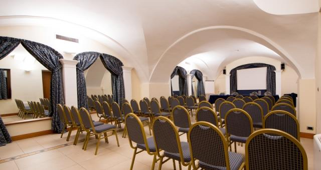 4 rooms for your business meeting in the centre of Turin